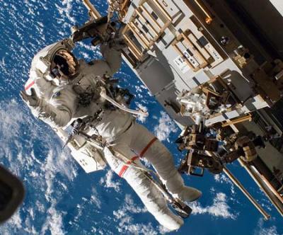 9. Os astronautas e o universo.